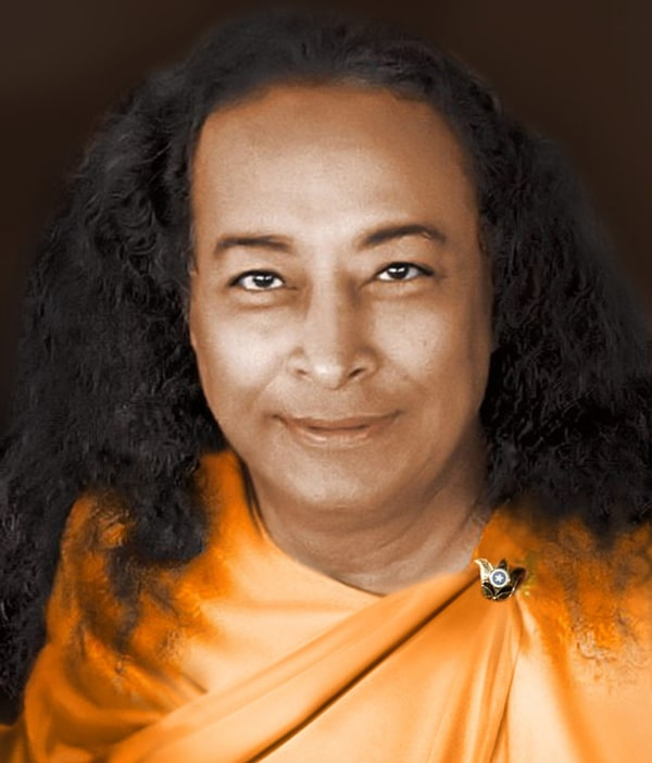 Paramhansa-Yogananda-colorized-cropped