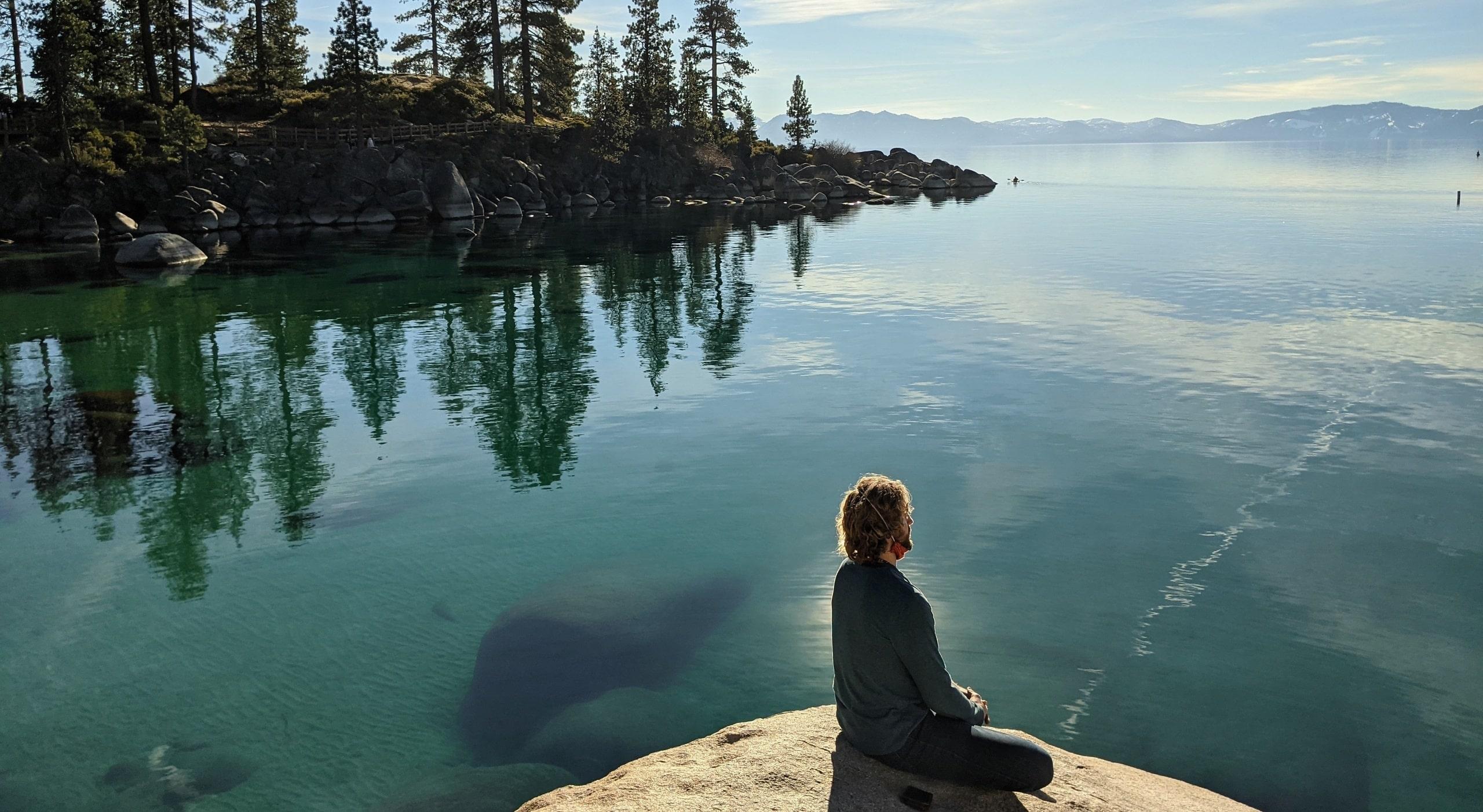 stillness-meditation-outdoors-nature